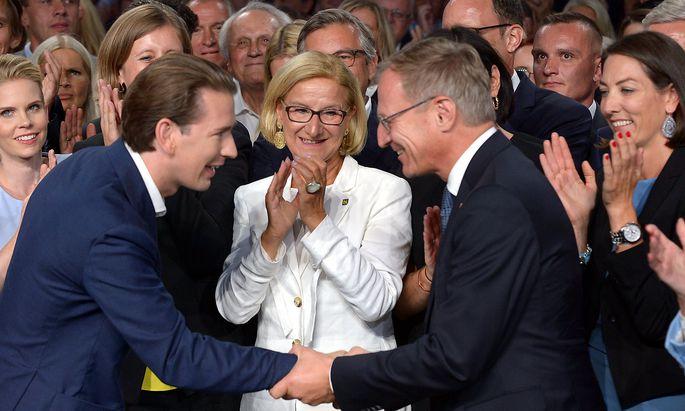 Die ÖVP-Landeshauptleute (hier Thomas Stelzer und Johanna Mikl-Leitner) stellen sich hinter Bundeskanzler Kurz, vermeiden aber Attacken auf die Justiz.