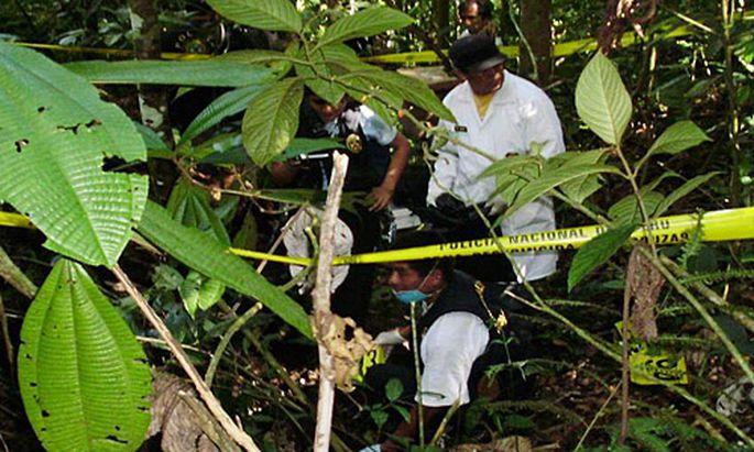 In Peru wird nach weiteren Opfern der Mordserie gesucht.