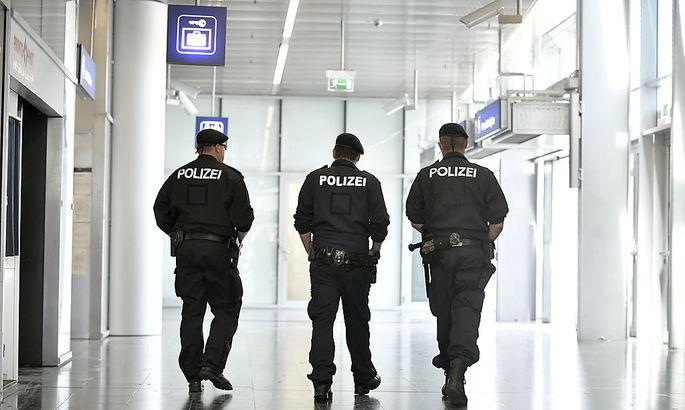 Archivbild: Polizeipräsenz am Wiener Praterstern