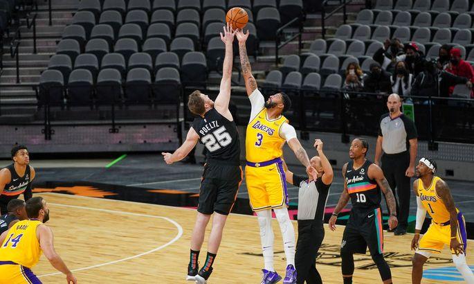 Jakob Pöltl hat in der laufenden NBA-Saison neue Sphären erreicht. Aus dem Spiel der San Antonio Spurs ist er nicht mehr wegzudenken.