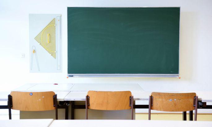 """Lehrer sollten """"milde"""" beurteilen, hieß es zuletzt von Bildungsminister Heinz Faßmann."""