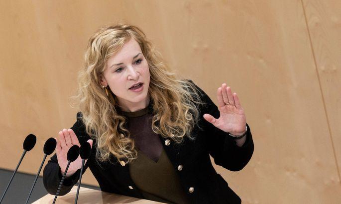 In einer spannenden Stichwahl setzte sich Holzleitner gegen die Wiener Gemeinderätin Mireille Ngosso durch. (Archivbild)