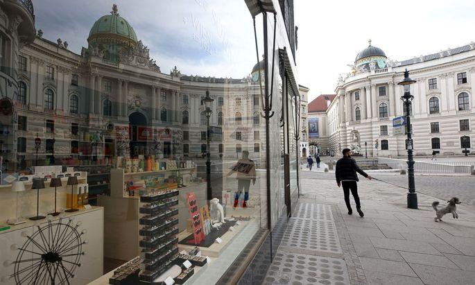 "Wien verlängerte den als ""Osterruhe"" begonnenen Lockdown zumindest bis 2. Mai."