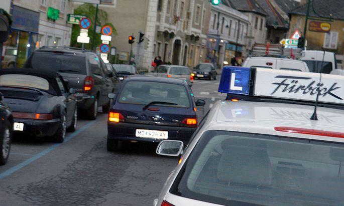 Wiener haben lieber Smartphones als den Führerschein
