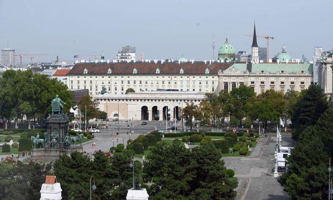 """Wien auch für Belgier: """"Rote Zone"""", im Bild: Maria-Theresien-Platz"""