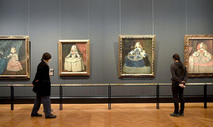 CORONA: MUSEEN�FFNUNG / KHM