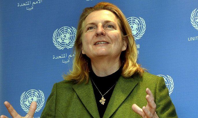 Am Donnerstag ist Außenministerin Karin Kneissl zu einem zweitägigen Besuch in Bosnien und Herzegowina eingetroffen.