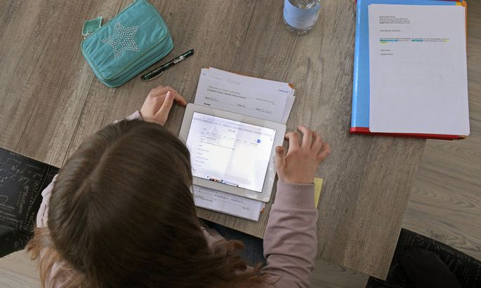 Die virtuelle Welt kann für Kinder zur realen Gefahr werden.