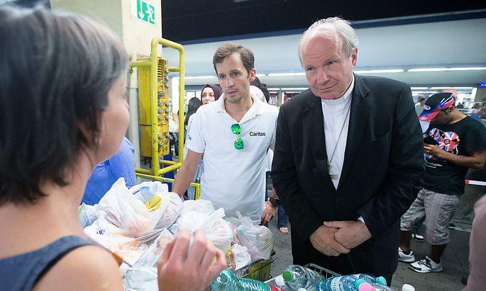 Schönborn: Erzdiözese Wien schafft tausend Plätze für Flüchtlinge