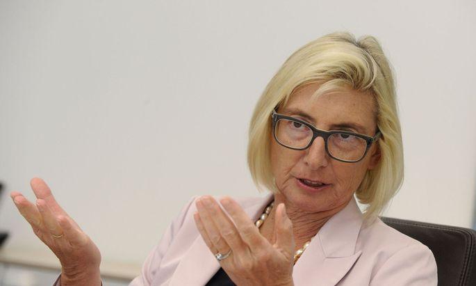 VIG-Chefin Elisabeth Stadler erhöht die Dividende