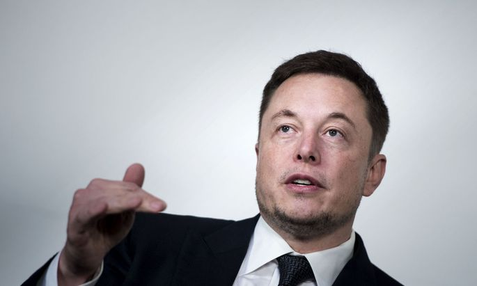 Die Aktionäre des Elektroautokonzerns Tesla haben dem milliardenschweren Vergütungsplan des Vorstandschefs Elon Musk zugestimmt