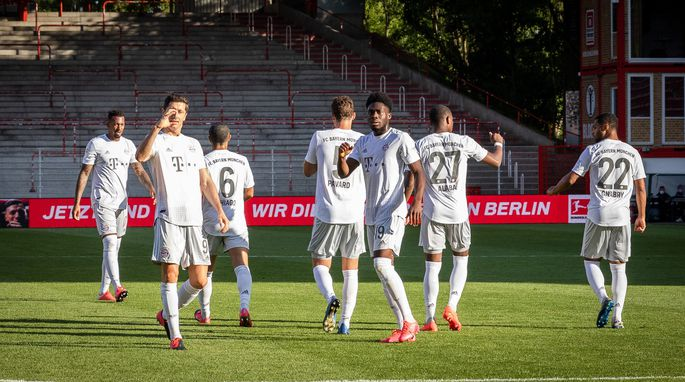 SOCCER - 1. DFL, Union vs Bayern