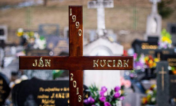 Die laufenden Ermittlungen im Fall des Mordes an dem Enthüllungsjournalisten Ján Kuciak bringen neue Hinweise auf Korruptionsnetzwerke in der Slowakei ans Licht.