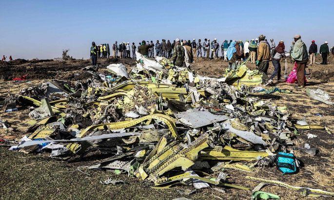 Unglücksstelle der Boeing 737, rund 60 Kilometer von der äthiopischen Hauptstadt entfernt.
