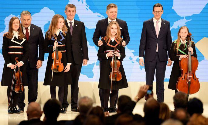 Treffen der Visegrád-Regierungschefs Orbán, Babis, Fico und Morawiecki (v. l. n. r.) in Budapest.