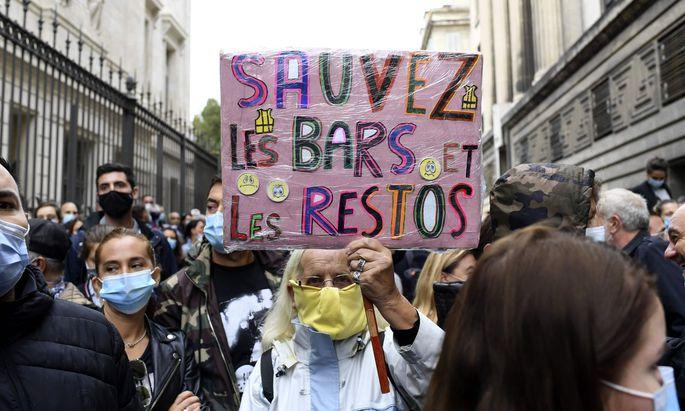 Marseille: Bars und Restaurants müssen wegen Corona schließen - Proteste