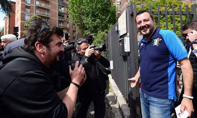 Matteo Salvini wählte im Italien-Poloshirt.