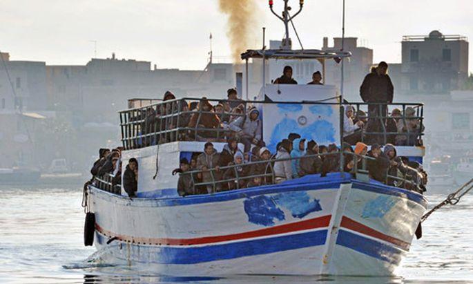 Mächtige Flüchtlingswelle aus Tunesien erreicht Europa