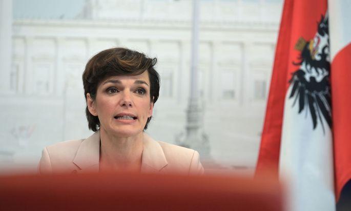 SPÖ-Chefin Pamela Rendi-Wagner muss warten.