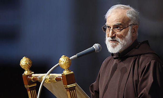 Prediger setzt Papstkritik Antisemitismus