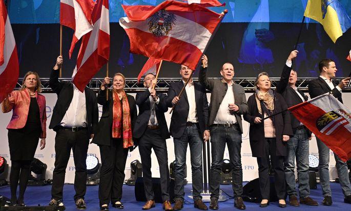 Freiheitliches Neujahrstreffen: Sozialministerin Beate Hartinger-Klein, Innenminister Herbert Kickl, Vizekanzler Heinz-Christian Strache und EU-Spitzenkandidat Harald Vilimsky.
