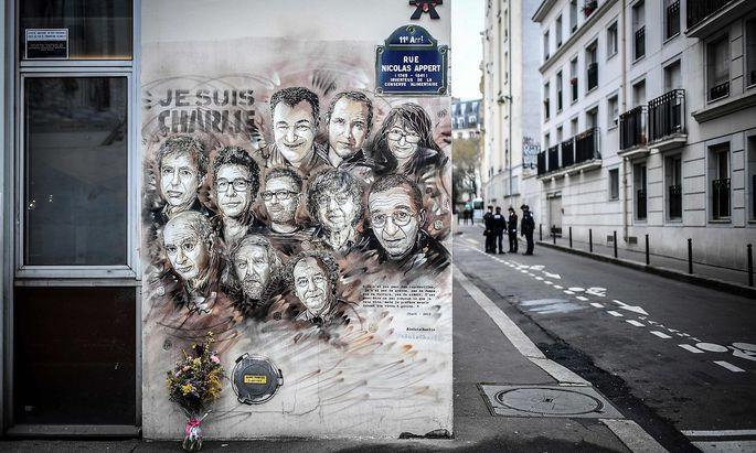 Zum Prozessbeginn des Terroranschlags: Satiremagazin