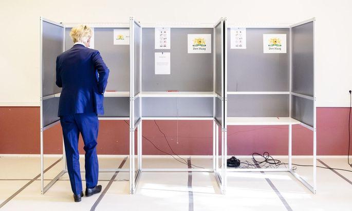 Geert Wilders muss auf den Brexit hoffen, damit seine Partei ein Mandat in Straßburg erhält.