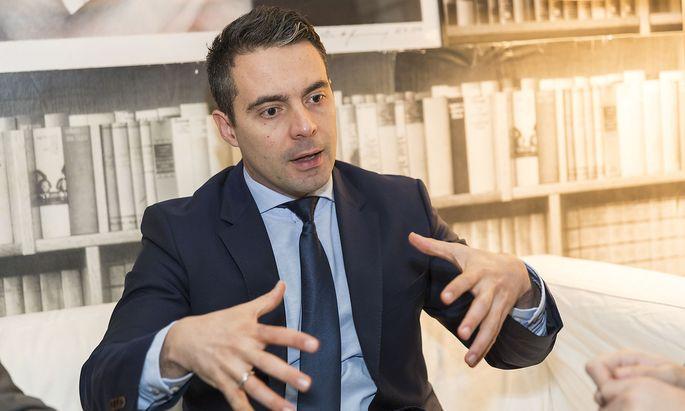 Gábor Vona will die rechtsextreme Jobbik in die politische Mitte rücken.