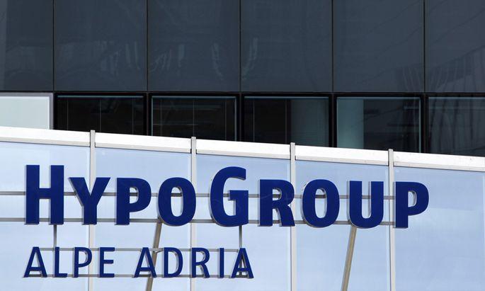 Hypo AlpeAdria erhaelt Euro