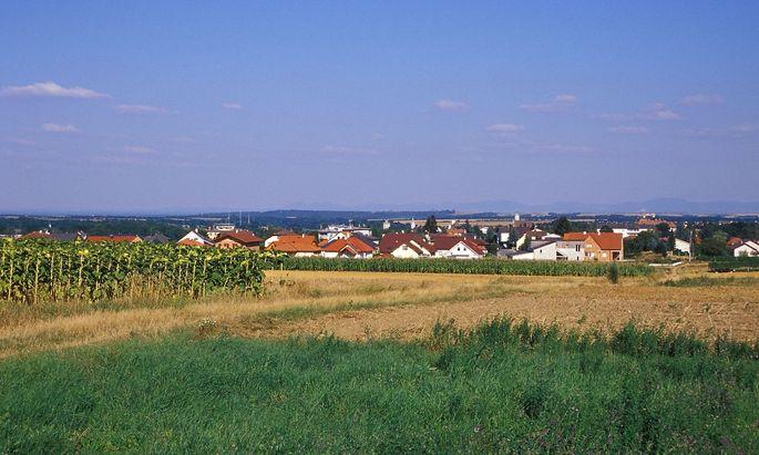 Nieder�sterreich, Blick auf Zistersdorf *** Lower Austria, view of Zistersdorf