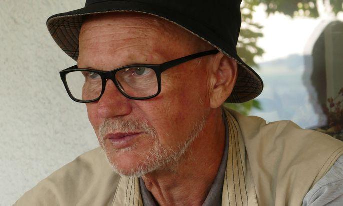 Poetisch, selbstreflexiv, gesellschaftskritisch und humorvoll. Hans Eichhorn, Berufsfischer und Schriftsteller.