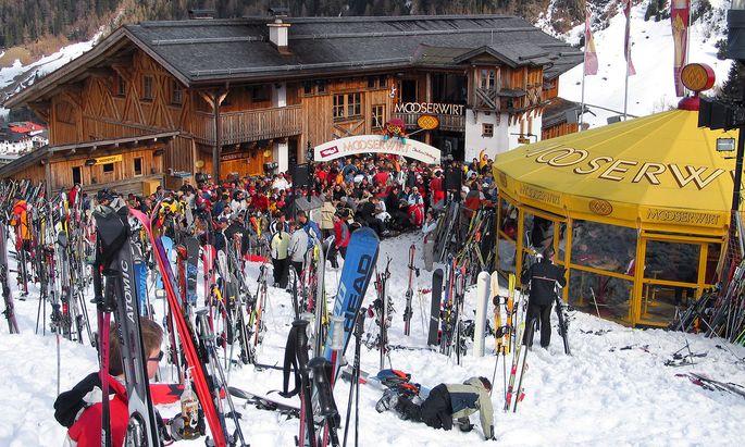 Die Seilbahnen in Tirol durften noch bis Sonntag weitermachen – eine Fehlentscheidung, wie man heute weiß.