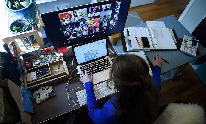 Online unterrichten - das legten die Schulen in Österreich während des Lockdowns unterschiedlich an.