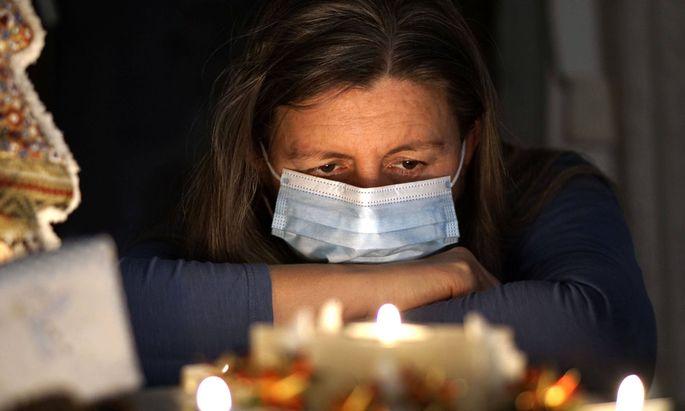 Schlafstörungen, Depressionen und sogar Suizidgedanken – die Pandemie kann starke psychische Folgen nach sich ziehen.