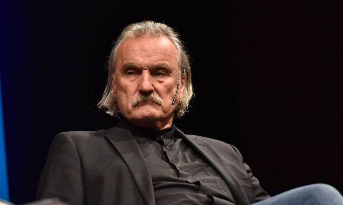 Der oesterreichischer Schriftsteller Christoph Ransmayr liest am 21 10 2016 in Koeln bei der Lit Colog