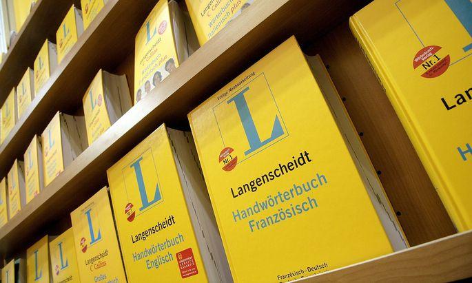 Handwoerterbuecher fuer verschiedene europaeische Sprachen der Verlag Langenscheidt KG auf der Buchmess