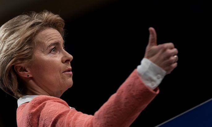 Ursula von der Leyen muss mit Widerstand gegen ihr Team im Europaparlament rechnen.