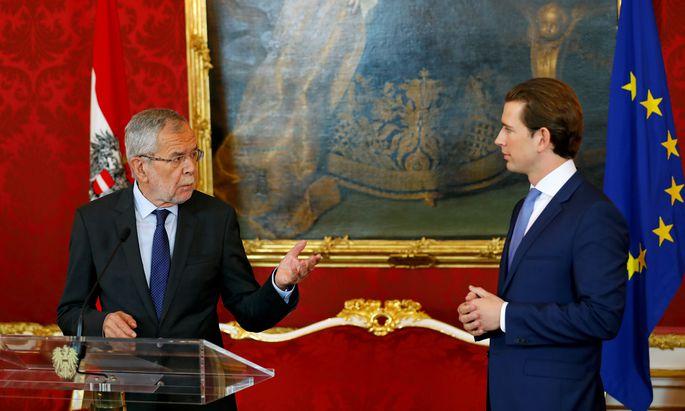Bundespräsident Alexander Van der Bellen (l.) und Bundeskanzler Sebastian Kurz besprachen am Sonntag die Vorgehensweise bis zur Wahl.