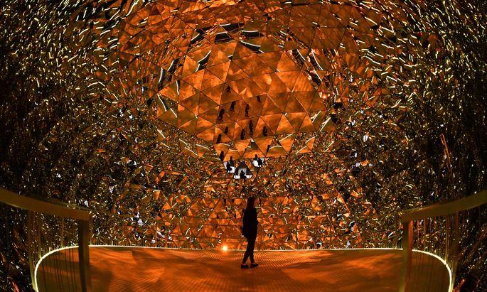 Die Swarovski-Kristallwelten in Wattens ziehen jährlich eine Viertelmillion Besucher an.