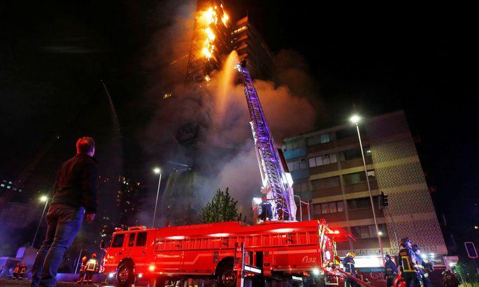 In Santiago kam es zu Brandstiftungen