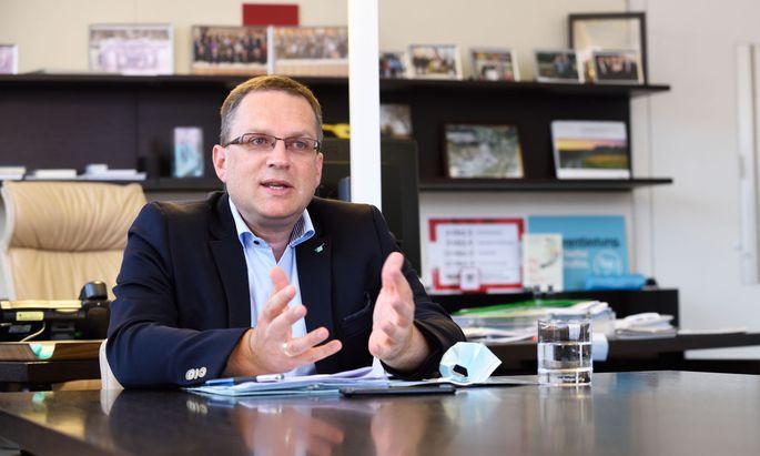 ÖVP-Klubobmann August Wöginger stellt sich hinter seinen Parteikollegen Wolfgang Sobotka.