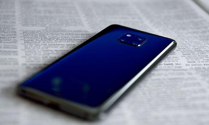 Ende Oktober im Handel: das Huawei Mate 20 pro. Ein sehr gelungenes Top-Smartphone um fast 1000 Euro. Voll mit jeder Menge Technik und Features. (Das Testgerät wurde von Huawei zur Verfügung gestellt.)