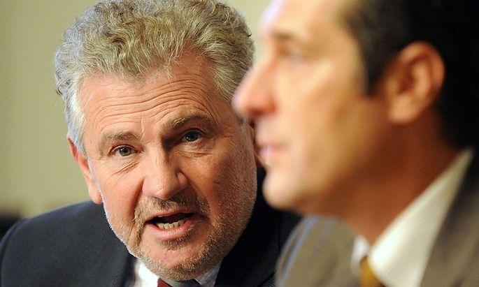 Wien - Pressekonferenz FPOe - Moelzer. Strache