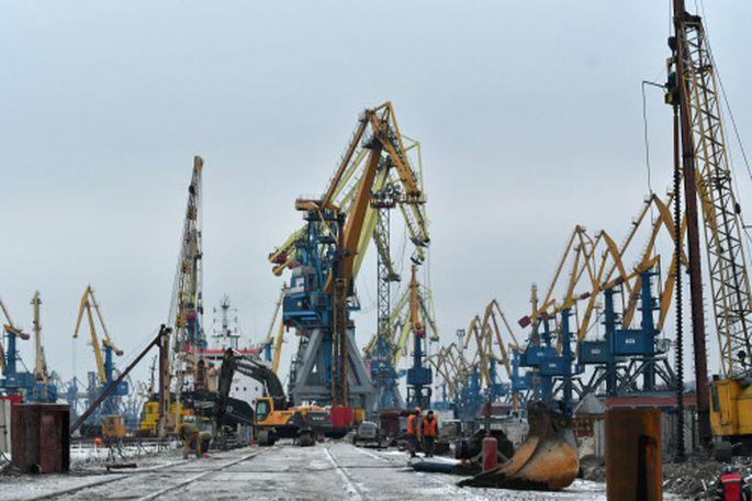 Der Hafen von Mariupol: einer der wichtigsten ukrainischen Häfen am Asowschen Meer