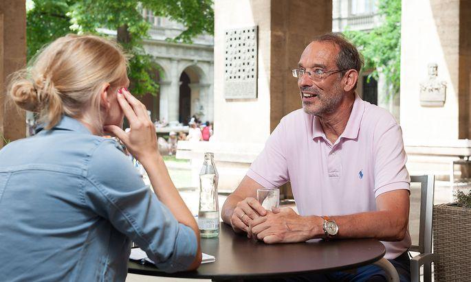 """Ex-Bildungsminister Heinz Faßmann ist zurück an der Universität Wien, einem """"Hort der Intellektualität"""". Der größte Unterschied zur Politik: die Geschwindigkeit."""