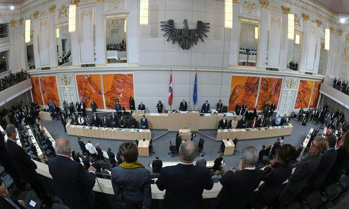 Sitzung des Nationalrates mit Regierungserklärung im Parlamentsausweichquartier in der Hofburg