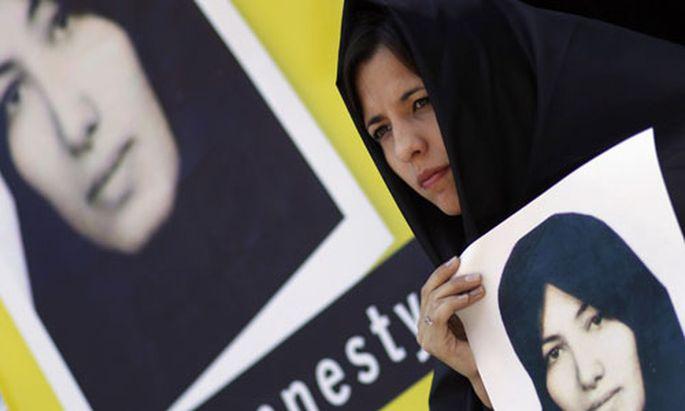 Iran Makabere Show Todeskandidatin