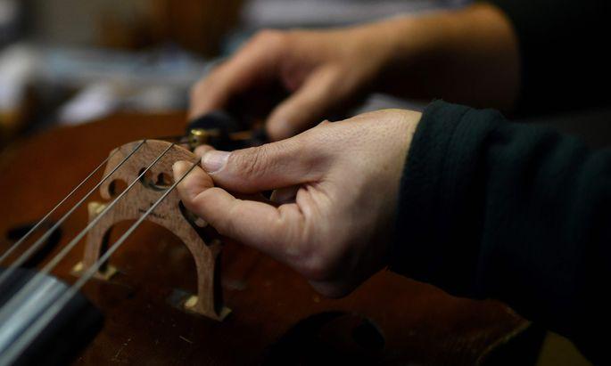 Unter Dmitri Vasiliev spielt das Orchester aus Omsk mit Schwung und großer Geste auf, genau wie es diese Musik braucht.
