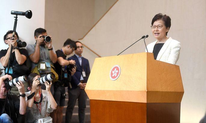 Carrie Lam bei einer Rede am Dienstag