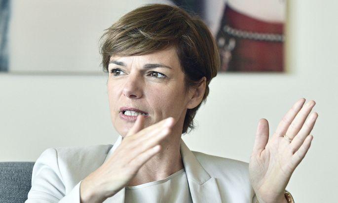 Ministerin Rendi-Wagner: Gesundheit der Menschen geht vor